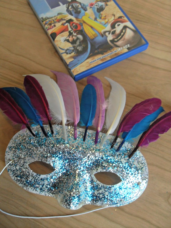 Rio 2 Craft For kids: Glitter Mask- MyKidsGuide.com