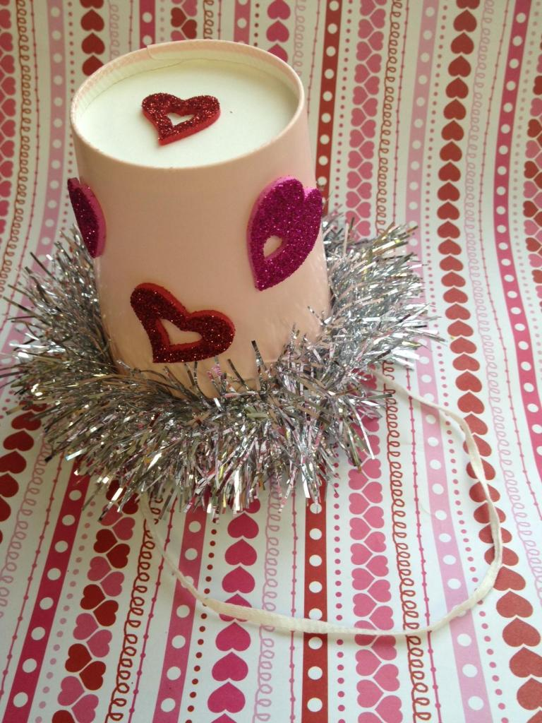 Valentine's Day crafts for toddlers party hat
