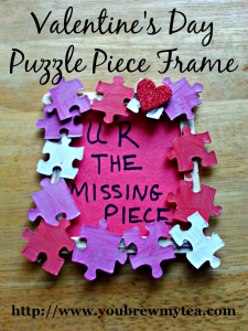 Valentine's Day crafts for toddlers: Puzzle Piece Frame