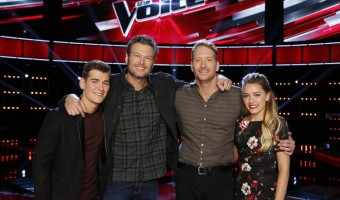 "THE VOICE -- ""Live Top 10"" Episode 916B -- Pictured: (l-r) Zach Seabaugh, Blake Shelton, Barrett Baber, Emily Ann Roberts -- (Photo by: Trae Patton/NBC)"