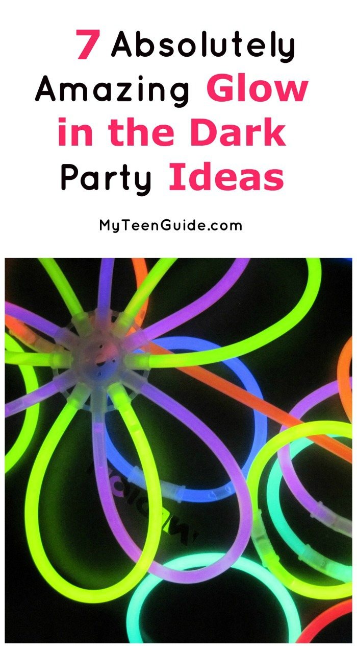 These glow in the dark party ideas are exactly what you need for an epic outdoor party this spring! Check them out!